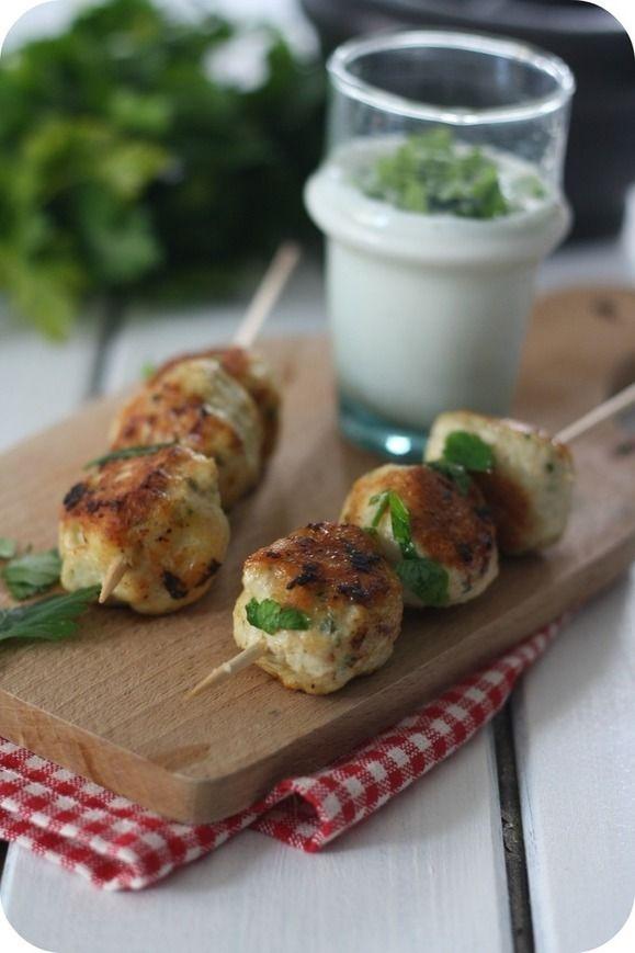 """Boulettes au poulet, coriandre et cumin Il paraît que les Balls """"Boulettes"""" c'est la nouvelle tendance culinaire !"""