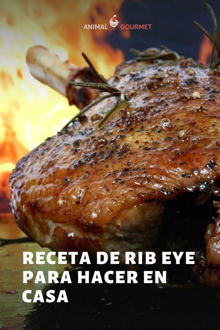 El roast beef es un corte de carne (generalmente de la parte del lomo de res) que se rostiza lentamente al horno. Es tradicional de la cocina de Inglaterra y es muy común encontrarlo en sándwiches o como platillo principal. Carne Asada, Steak, Food, Cooking, Cuts Of Beef, England, Oven, Roast Beef, Roast