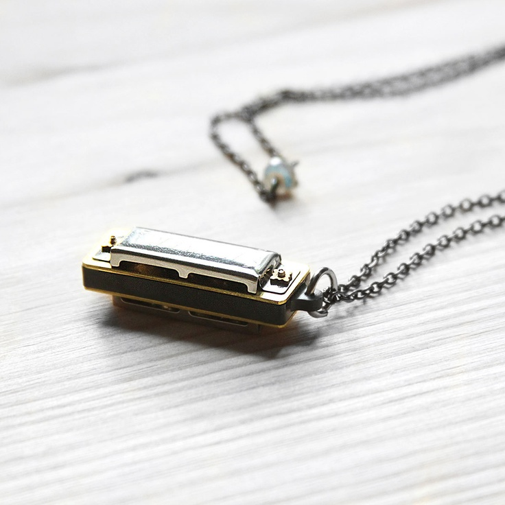 Harmonica Necklace: Playable Harmonica Necklace