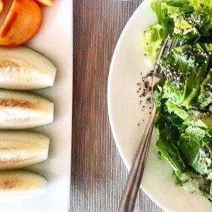 Healthy Fruits & Veggies lunch! (www.naturalnibs.com)