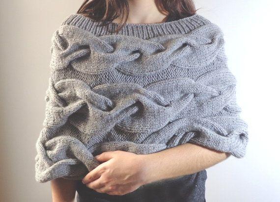 Maglia poncho grigio luce cavi trecce grigio poncho di Revedefille
