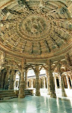 Dilwara Jain temples in Mount Abu, Rajasthan, India (by olderock1)