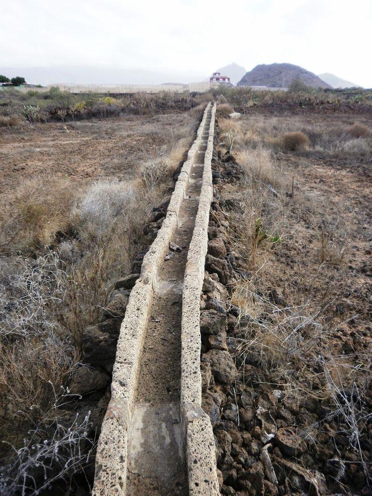 NUEVA GEOGRAFIA CANARIA: Canales de Agua en Tenerife.