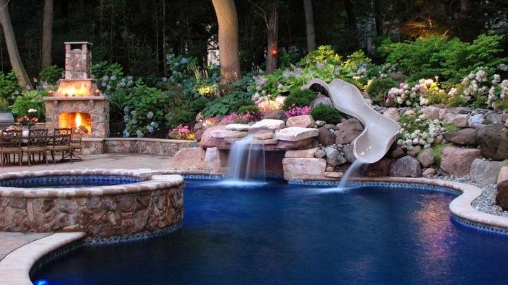 Modern Pool Patio