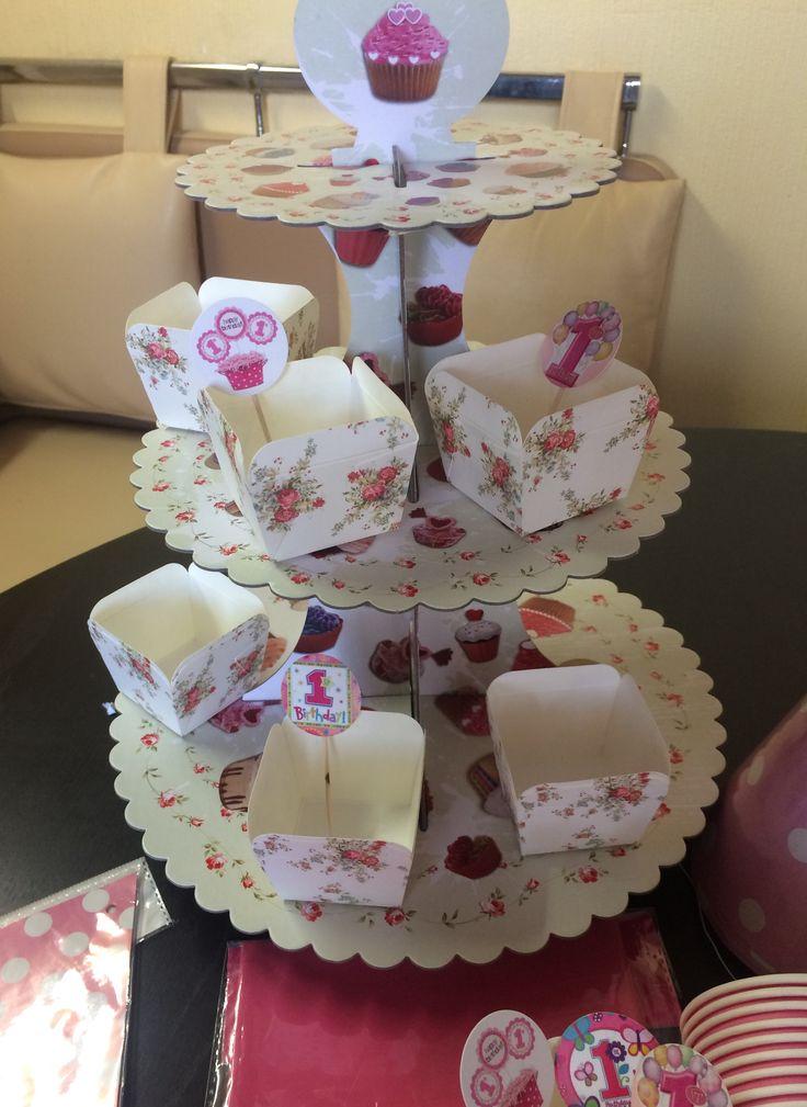 Подставка для кексов , этажерка