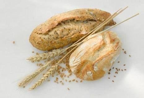 Il pane integrale è dietetico ?  L'apporto calorico tra pane integrale e pane di tipo 0 è quasi identico. L'uso dell'alimento integrale non deve essere prediletto per la semplice riduzione calorica,semmai per aumentare la quantità di fibre consumate quotidianamente, favorendo così la motilità intestinale e l'assorbimento dei grassi e per migliorare la pressione. Saltare i pasti rallenta il metabolismo, rendendo paradossalmente più difficile il dimagrimento.