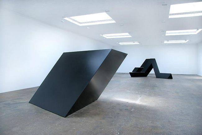17 best images about minimalist sculpture on pinterest for Minimal art installation