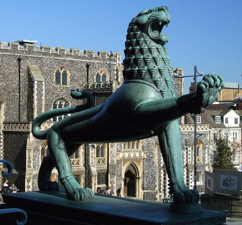 """Lion"" by Alfred Hardiman (1938) City Hall, Norwich, England"