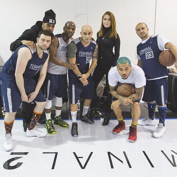 Picture of chris brown amp friends yesterday teambreezy christopher