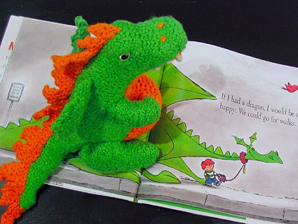 Free Knitting Pattern Dragon Toy : 17 Best images about Knitting Patterns on Pinterest Toys, Dragon pattern an...