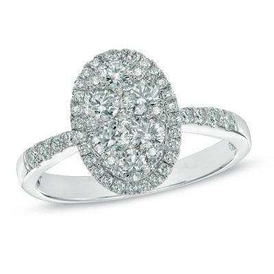 Angara Airline Set Emerald Solitaire Ring With Trio Diamonds in White Gold 4deggXM8