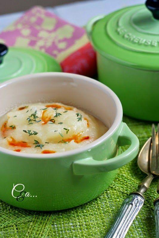 """Purè leggero di sedano rapa - Ricetta tratta dal blog di @tiziana1977n :""""www.cucinandoassaggiando.com/"""" - Mini cocotte in gres smaltato colore verde @LeCreusetItalia #food #cucina #ricette #healthy #healthyfood #veg #veggie"""