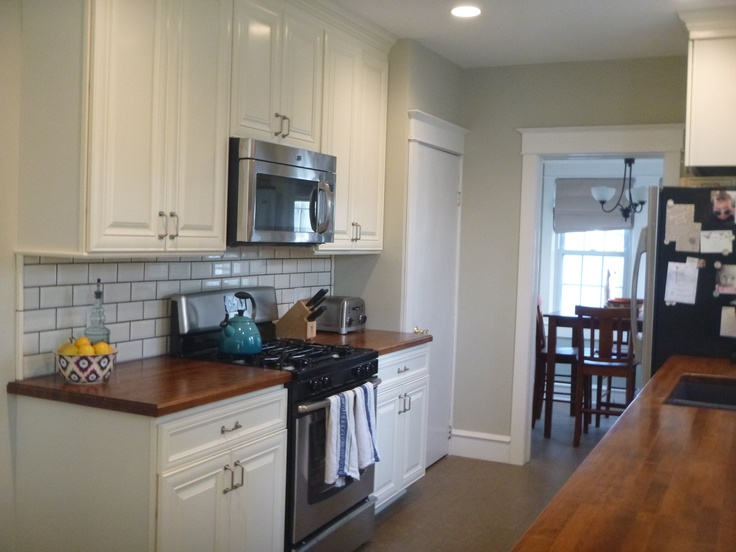 Behr ocean pearl great paint color love the counters and backsplash too kitchens - Behr kitchen paint colors ...
