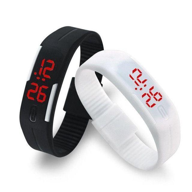 2016 Конфеты Цвет мужские женские Часы Резина ПРИВЕЛИ детей Часы Дата Браслет Цифровые Спортивные Наручные Часы для студентов