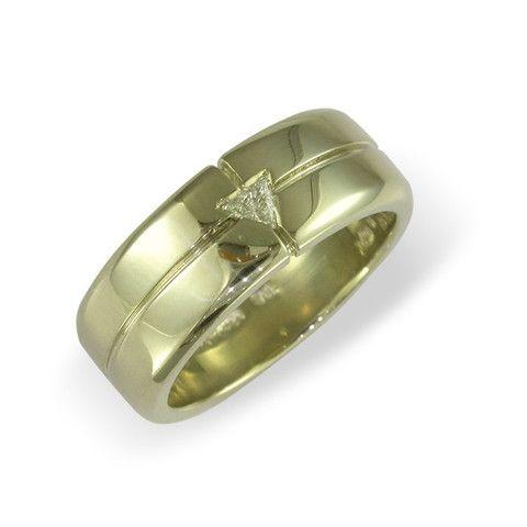 JENS HANSEN 18ct Gold & Trilliant cut Diamond wedding band