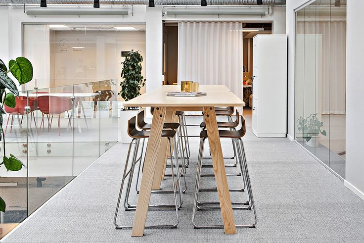 Spotted: EFG Collaborate project table in a central and bright social area. #europeanfurnituregroup #efgcollaborate #Scandinaviandesign #interiordesign #officeinterior #officedesign #interiors #furniture #office #workplace #inspiration #design #interiorarchitecture #table #canteen #chairs #inredning #kontor #inredningsdesign #interiör #arbetsplats #mötesplats #möbler #kontorsmöbler
