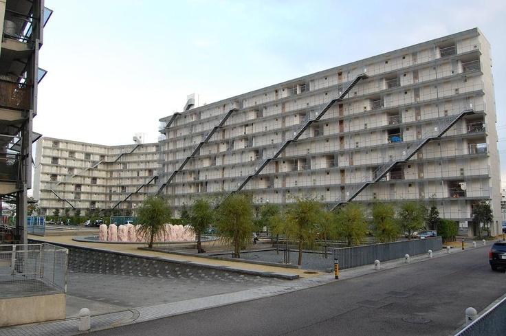 SANAA - Gifu Kitagata Apartment Building