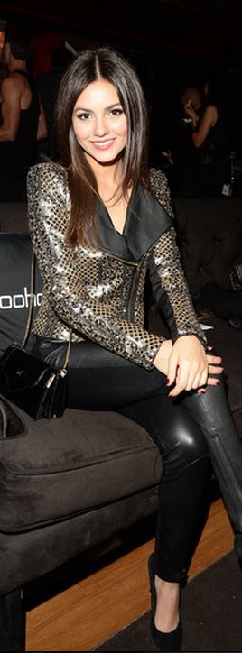 Victoria Justice: Jacket – Boohoo Boutique  Jeans – Rag & Bone  Shirt – Sparkle & Fade