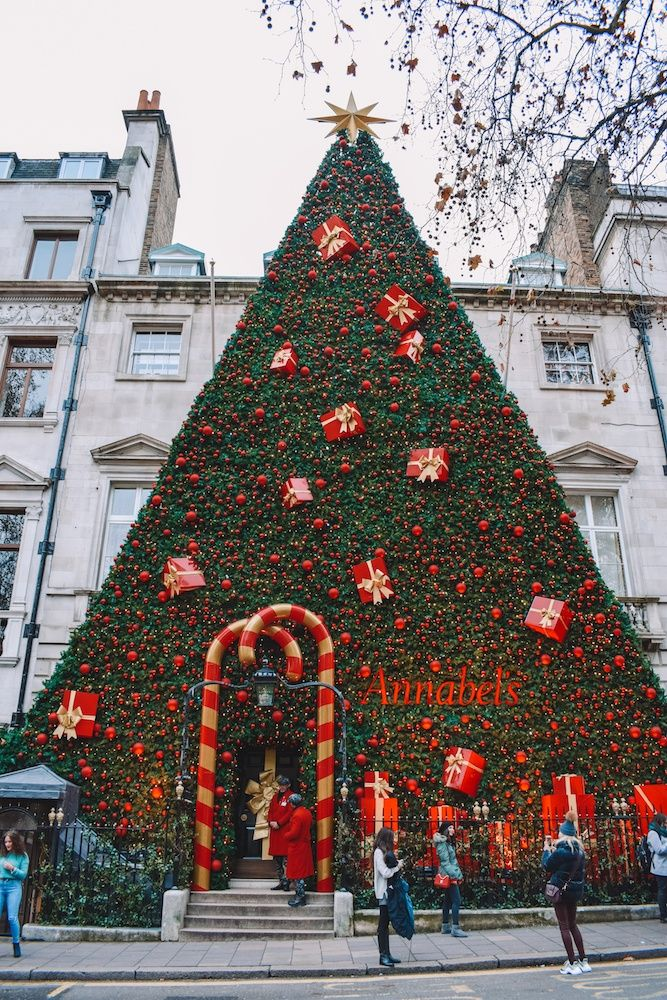 Afternoon Tea At The Ritz London In Pictures London Christmas Christmas Interiors English Christmas