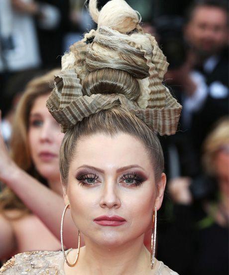 The Many Gravity-Defying Hairstyles Of Elena Lenina #refinery29  http://www.refinery29.com/2014/05/68340/elena-lenina-hair