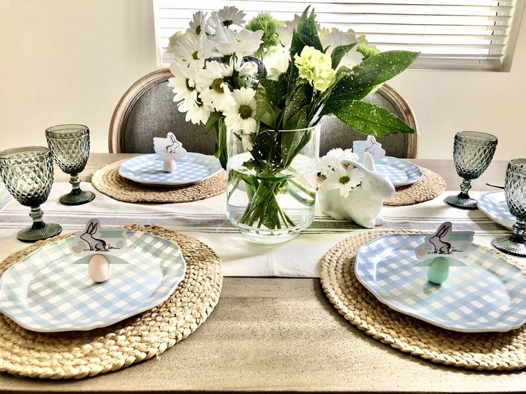 Easter tablescape ideas in 2020 Easter table settings