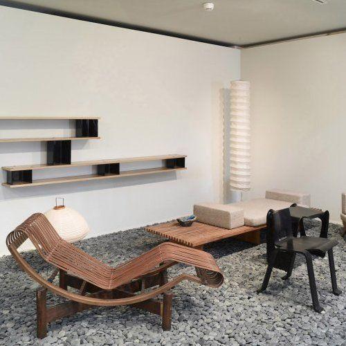 Chaise longue on Pinterest   Hans Wegner, Le Corbusier and Chaise ...
