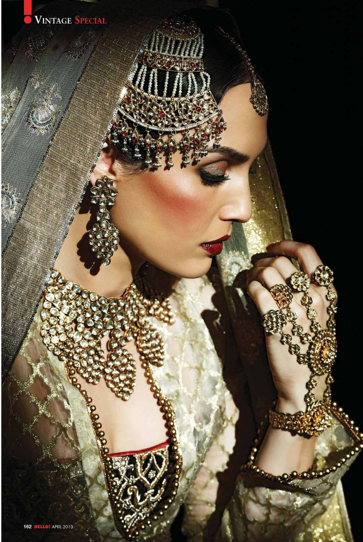 Sonya Jehan channeling Umrao Jaan in this gorgeous shoot. All amazing bridal inspiration for that Nawab touch. MY WEAKNESS. // Love the jewelry in this shot. OMG. That panchangla/haath-phool! *_* //Photography: Ashish Chawla / Muse: Sonya Jehan / Styling: Amber Tikari /Hair  Makeup: Anu Kaushik / Jewels: Hazoorilal  Sons / Wardrobe: Kotwara by Meera  Muzaffar Ali.