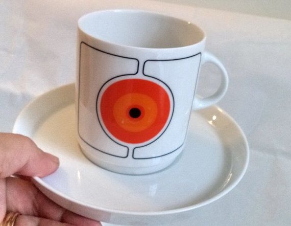 2 Pairs Thomas ECLIPSE CUP SAUCER Mid Century Modern Atomic Space Age Porcelain Vintage 70s Modernist white Orange dinnerware Rosenthal lot