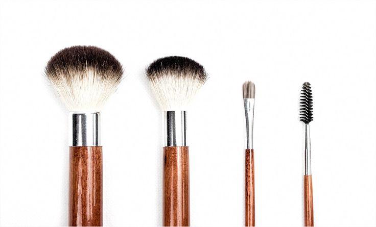Ich mag Farbakzente sehr und habe mir auch vier Lösungen ausgedacht, die ich verwenden kann …   – Best Makeup
