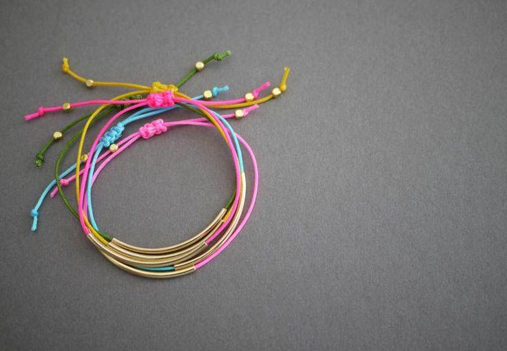 Adorables bracelets à décliner de toutes les couleurs ! So beautiful !!!