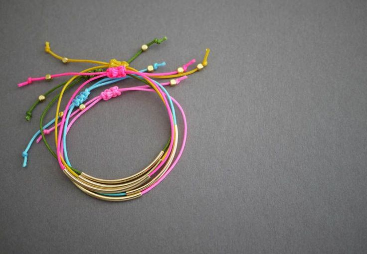 DIY Colorful tube bracelets.