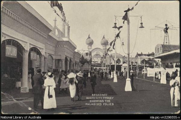 View of the Broadway, White City, Sydney, showing the Palais Des Folies