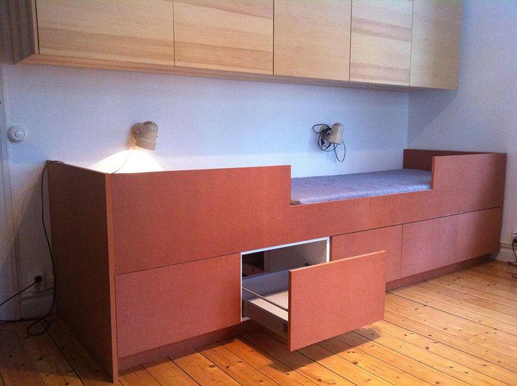 platsbyggd säng med förvaring moderskeppet stockholm