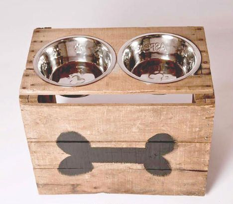 rustic dog bowls, wooden, reclaimed wood, pallet, pallet design, dog supplies, dog accesories