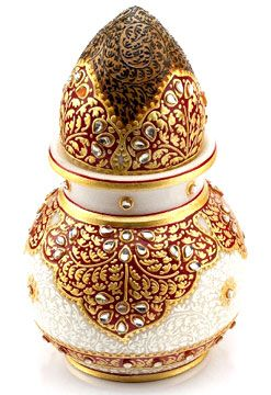 Gold Embossed Kalash with Narial