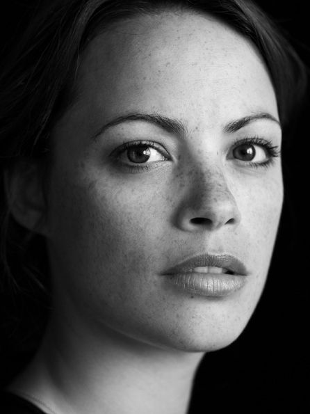 Bérénice Bejo (born 7 July 1976) is a French-Argentine actress, who played Christiana in the 2001 film A Knight's Tale and Peppy Miller in the 2011 film The Artist.