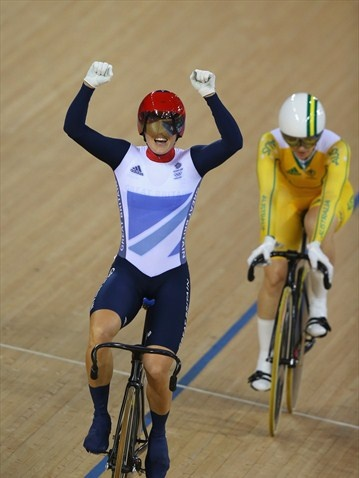 Victoria Pendleton of Great Britain celebrates in front of Anna Meares of Australia after winning gold in the women's Keirin Track Cycling final./Photo/sport/General/01/32/29/230victoria-pendleton-great-britain-celebrates-front-anna-meares-australia1322923Related tags