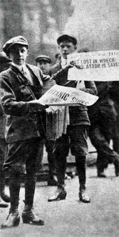 titanic-newspaper-boys