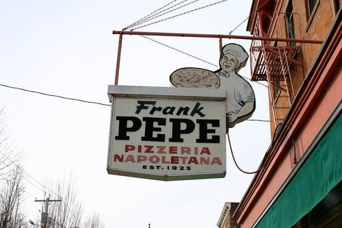 New Haven's Pepe's Pizza Is Expanding to Boston- yayyyyyy
