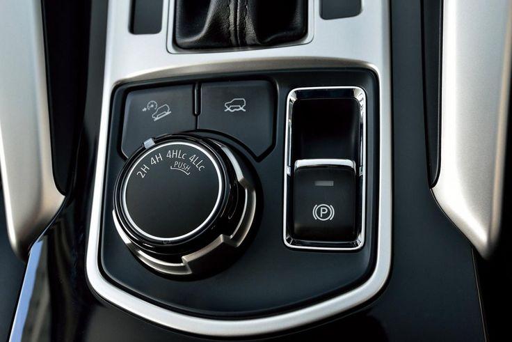 2016 Mitsubishi Pajero Sport electronic parking brake and 4WD options unveiled