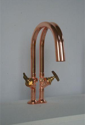 koperen waterleidingen warm en koud, water mengt vanzelf Dick van Hoff barefootstyling.com