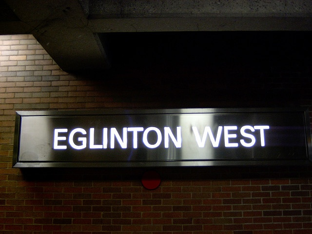 We really dig this illuminated aluminium box signage: Photo