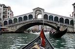 Venice Gondola Ride and SerenadeGondola Riding, Book Venice, Cool Things, Gondola Crui, Venice Sights, Grand Canal Venice, Viator Venice, Venice Italy, Venice Gondola