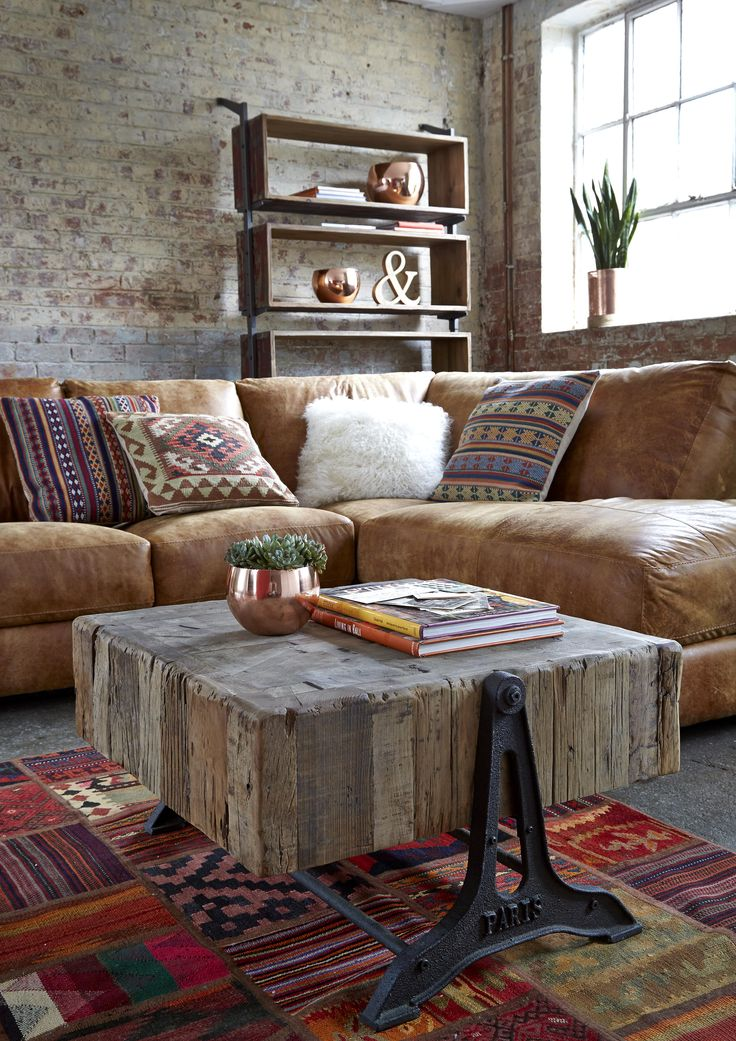 A mix of fabrics and worn leather will help you to achieve a well-travelled nomadic look. We love the Houston sofa is tan leather, which looks great with an array of patterned and textured cushions.