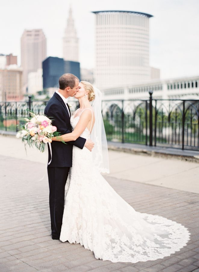 Nice Timeless Elegant Cleveland City Hall Wedding