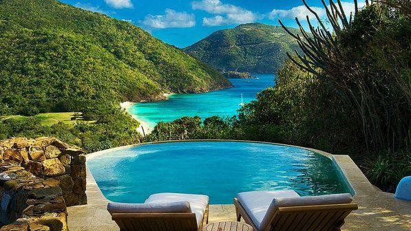 """Guana Island, Ilhas Virgens Britânicas - Situada perto da ilha de Necker Island, Guana Island é uma opção mais """"econômica"""""""