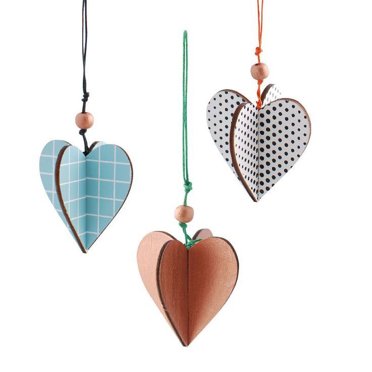 Christmas wood hearts www.aspegren.dk