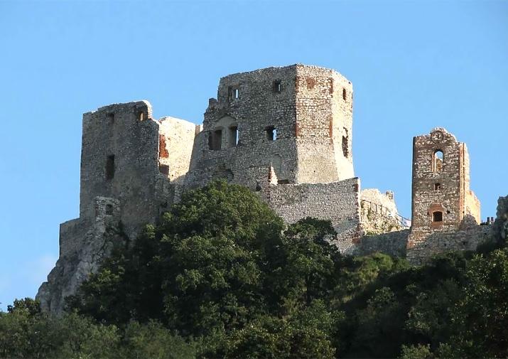 Ruins of Castle Csesznek