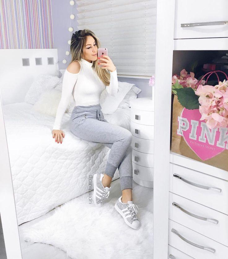 """7,906 Me gusta, 47 comentarios - Joana Paladini (@joanapaladini) en Instagram: """"Quando o look é tão confortável que não quer tirar nunca mais! ❤️❤️ @boutiquelefemme"""""""