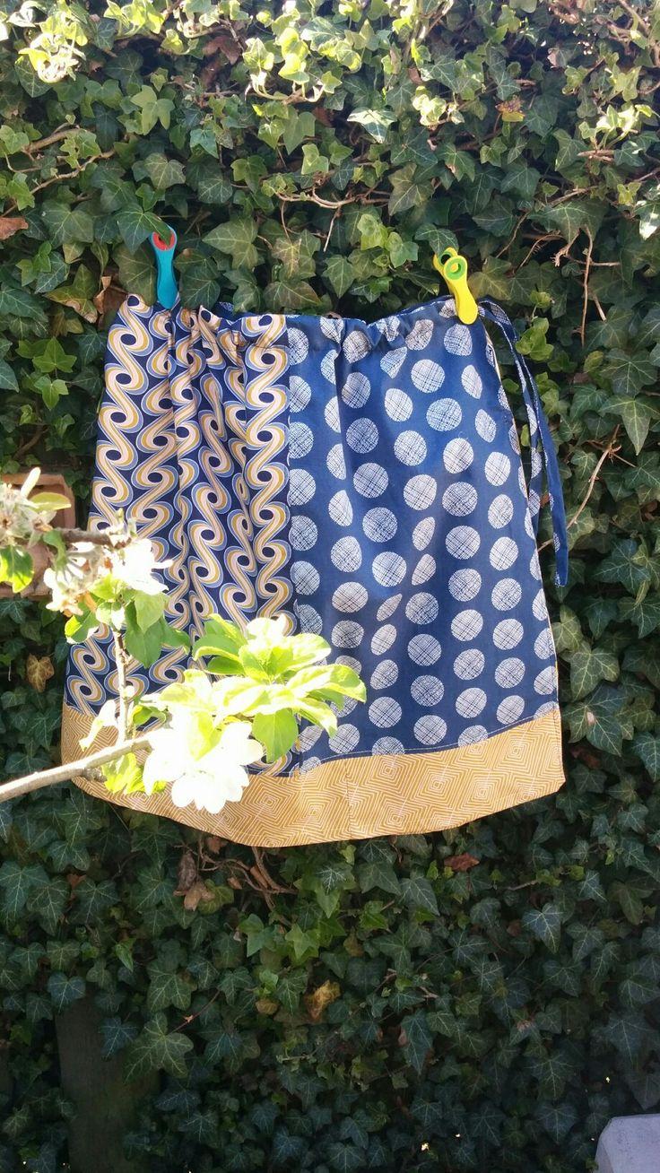 My first fat quarter skirt made with inspiration from Stefanie Serrano, thanks Stefanie!